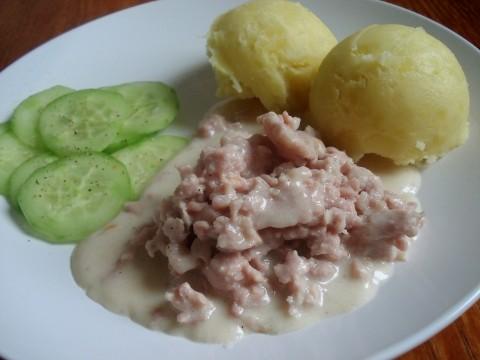 Wieprzowina z sosem beszamelowym