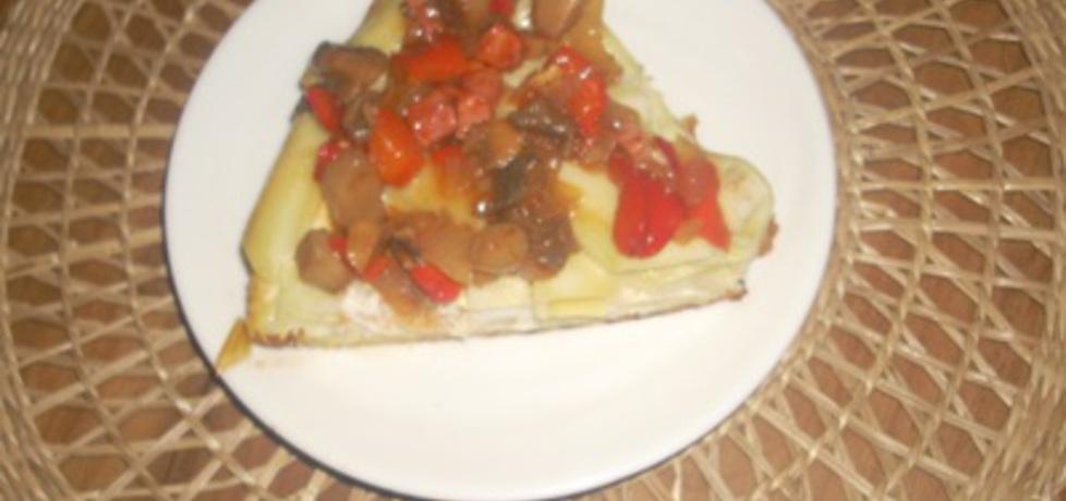 Coś z makaronu- a'la pizza (autor: dianix)