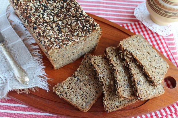 Przepis  chleb orkiszowy na zakwasie z ziarnami przepis