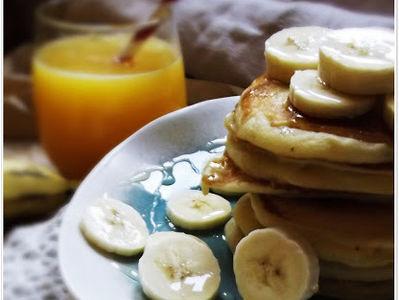 Placuszki z bananami i miodem