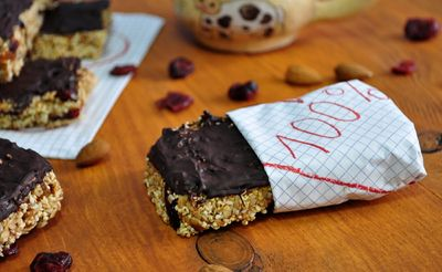 Batoniki owsiane w czekoladzie