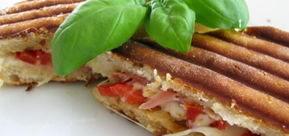 Panini z szynką prosciutto i mozzarellą (włoskie tosty) (autor ...