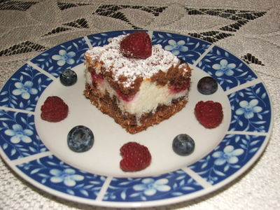 Ciasto z malinami i borówkami