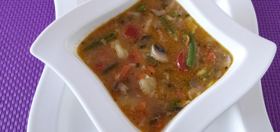 Zupa wielowarzywna z pieczarkami (autor: renatazet ...