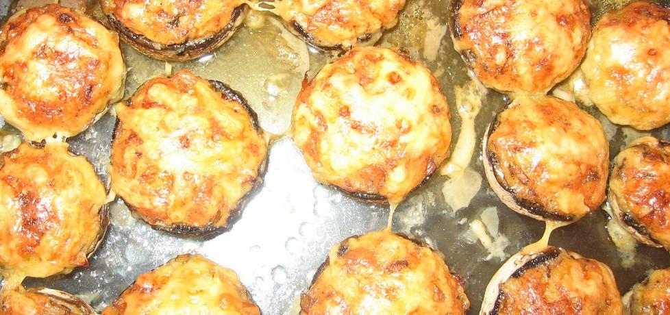 Pieczarki faszerowane żółtym serem, cebulą i natką (autor: dorota59 ...