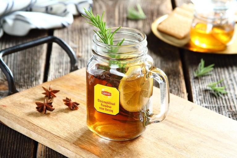 Herbata z anyżem i cytryną