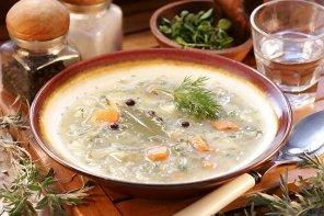 Zupa ogórkowa  prosty przepis i składniki