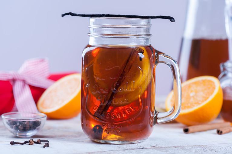 Rozgrzewająca ziołowa herbata