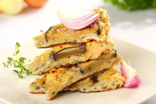 Tapas: tortilla z bakłażanami