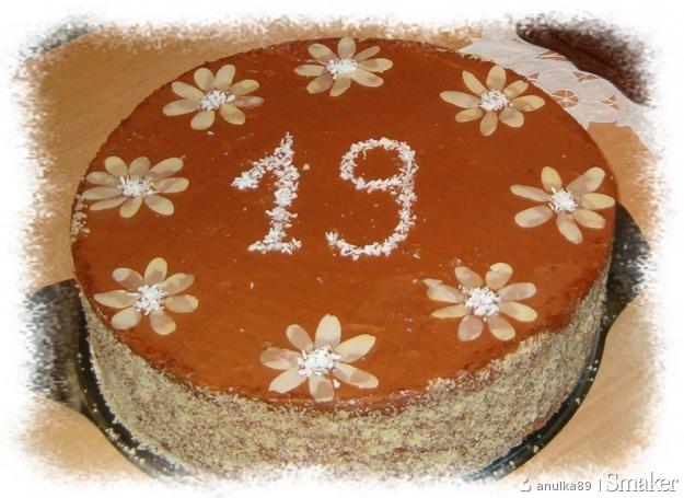 Tort orzechowo/ czekoladowo/ kokosowy :)