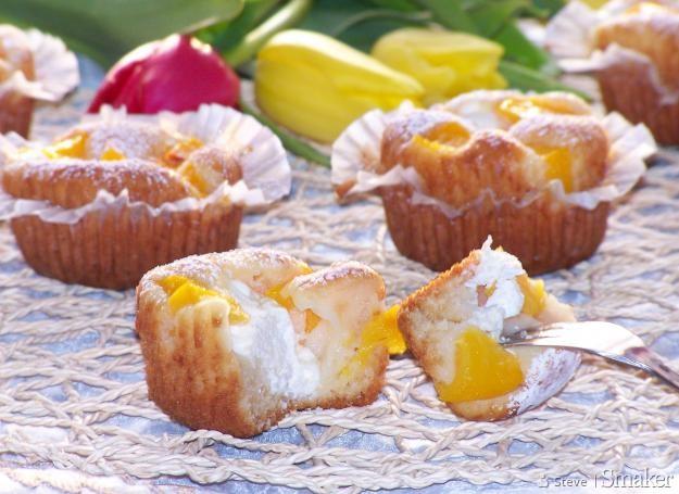 Muffinki z serem i brzoskwinią