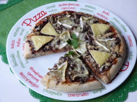 Przepis  pizza z czarnuszką przepis