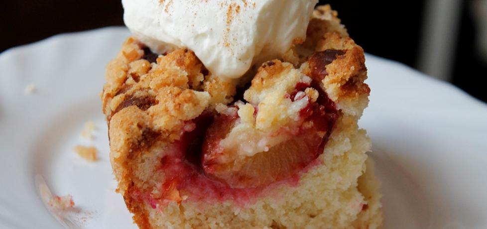 Ciasto drożdżowe ze śliwkami (autor: madzai)