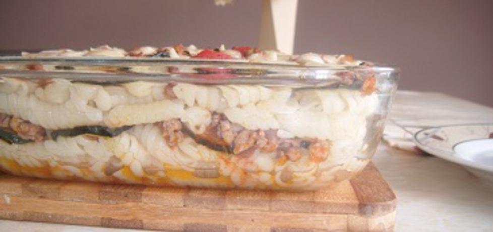 Zapiekanka z cukinią , makaronem i mięsem (autor: hanna5 ...