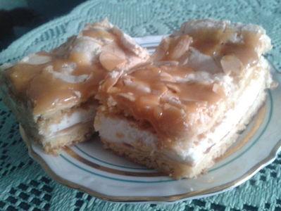Ciasto z agrestem i bitą śmietaną