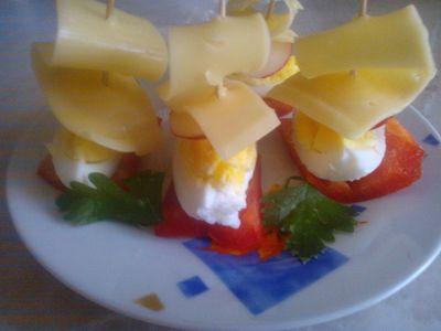 Koreczki z jajkiem