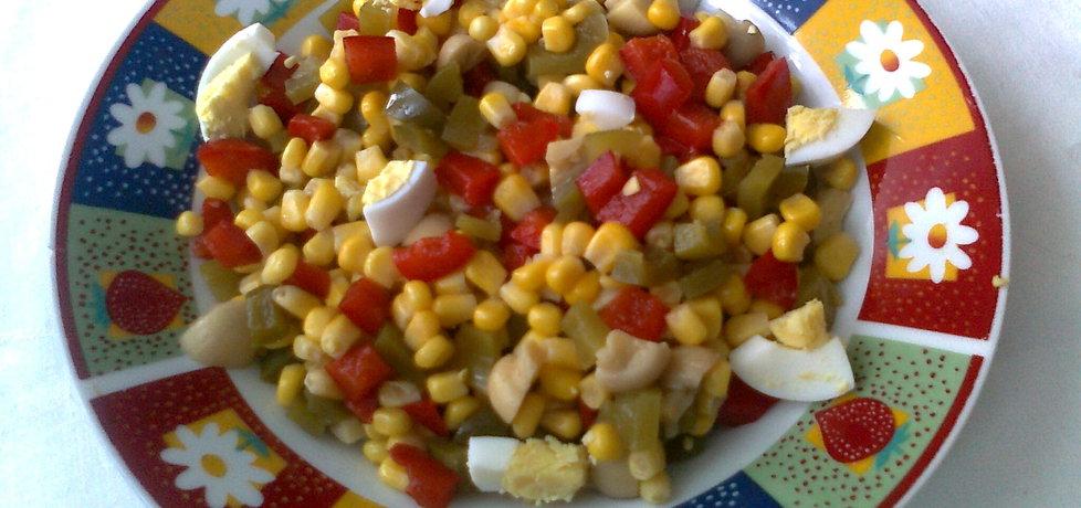 Kolorowa sałatka z marynowanych warzyw (autor: katarzyna59 ...