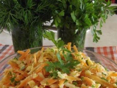 Przepis  surówka z marchewki i pietruszki przepis