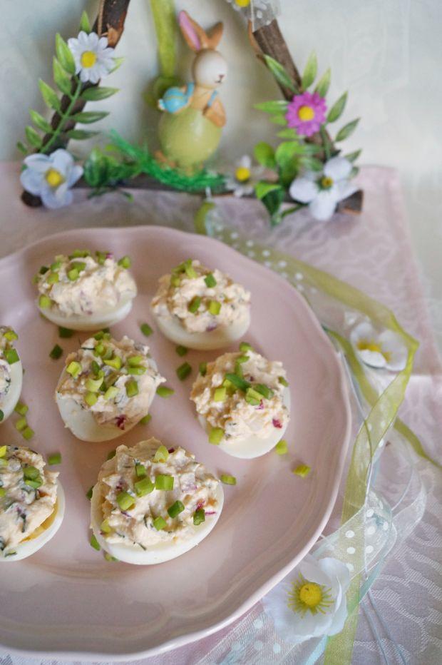Przepis  wiosenne jajka faszerowane przepis