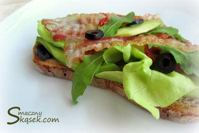 Włoska kanapka z boczkiem pancetta
