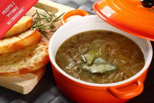 Zupa cebulowa francuska z grzankami