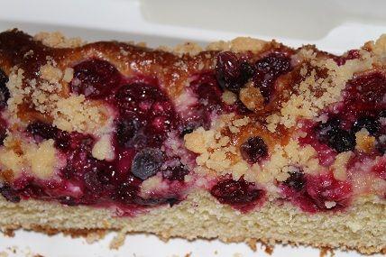 Przepis  ciasto drożdżowe z jagodami i wiśniami przepis