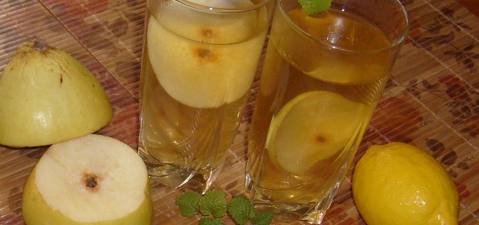 Lemoniada na bazie zielonej herbaty z pigwą (autor ...