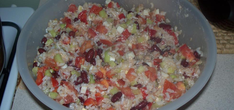 Sałatka ryżowa z tuńczykiem (autor: marta92)