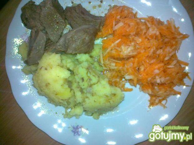 Przepis  gulasz z marchewką i ziemniakami przepis