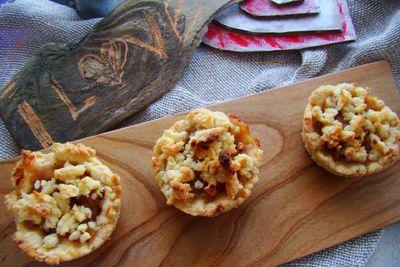 Małe tarty z jabłkami prażonymi