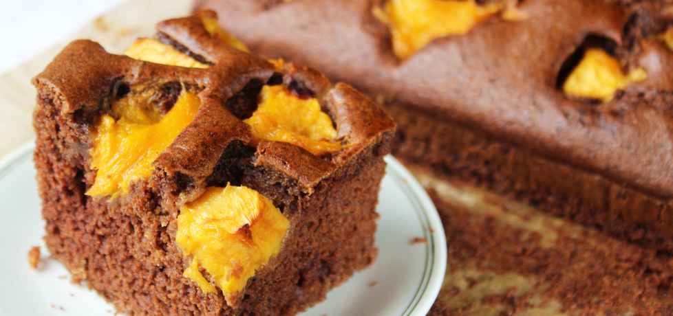 Ciasto czekoladowe z brzoskwiniami (autor: ostra-na