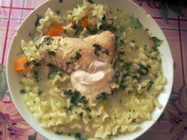 Przepis  zupa szpinakowo