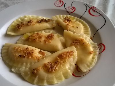 Pierogi z serem i miodem