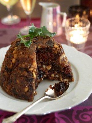 Brytyjski pudding świąteczny ze śliwką kalifornijską