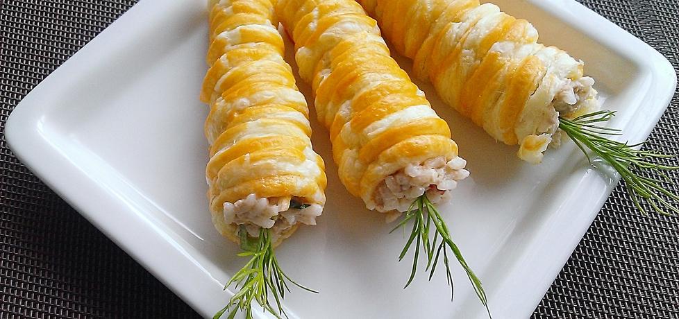Sałatka z tuńczyka w cieście francuskim (autor: sammakko ...
