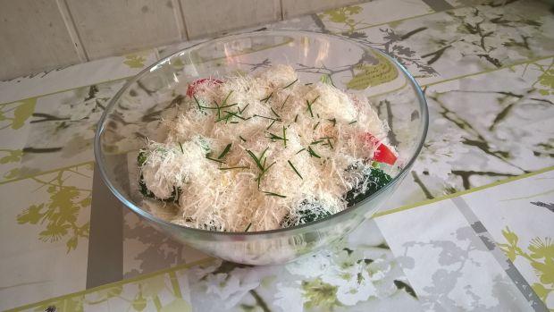Przepis  sałatka z brokuła i jajek przepis