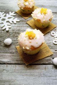 Pomarańczowe babeczki z masą makową