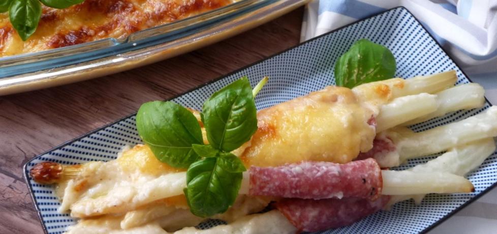 Szparagi z salami zapiekane pod beszamelem (autor: klorus ...