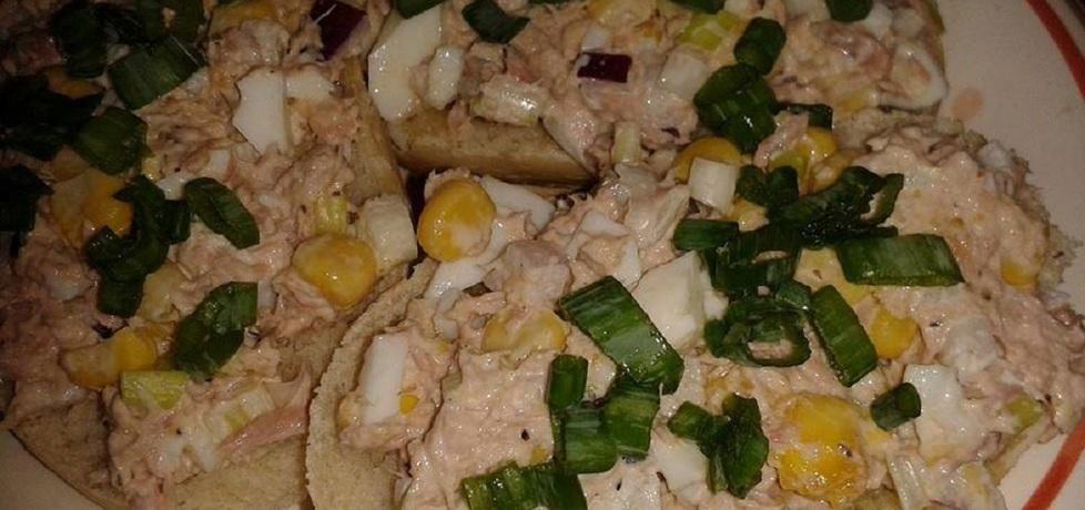 Pasta z jajek i tuńczyka. (autor: kasiaaaaa)