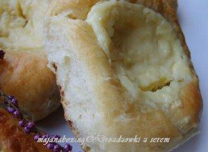 Drożdżówki z serem  prosty przepis i składniki