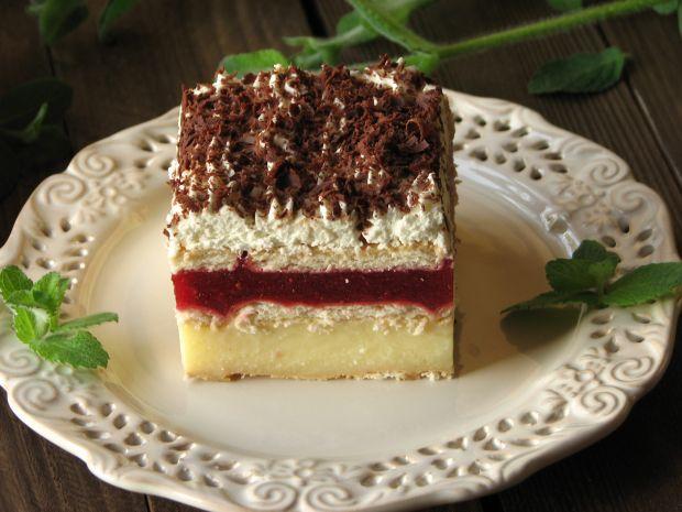Przepis  ciasto z truskawkami bez pieczenia przepis