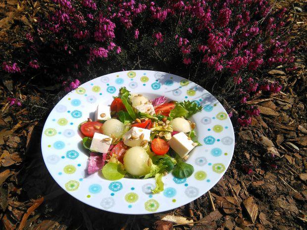 Przepis  sałatka z melonem i fetą przepis