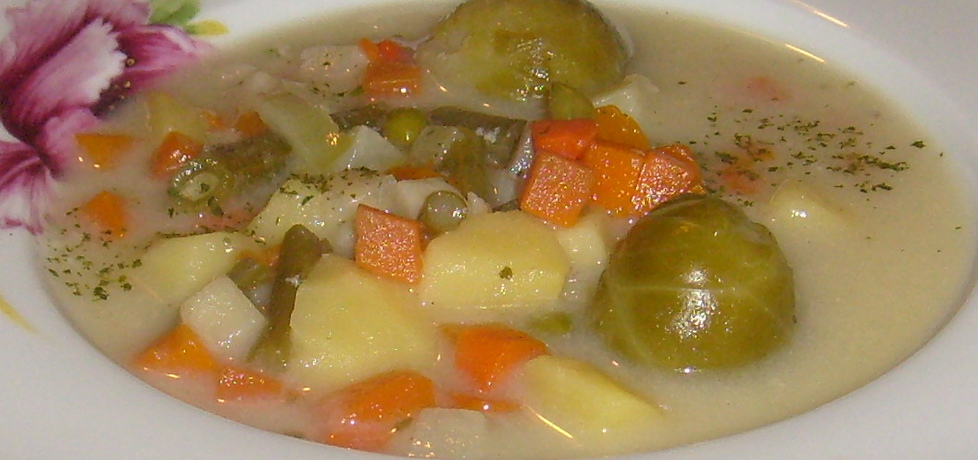 Zupa jarzynowa z mrożonych warzyw z serkiem topionym