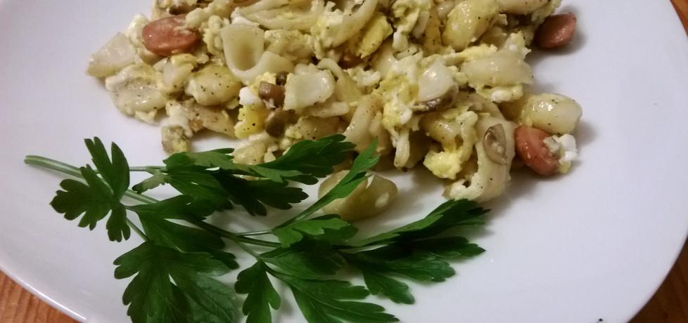 Jajka z makaronem i pieczarkami (autor: lis)