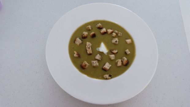Przepis  zupa krem z bobu przepis