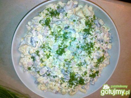 Przepis  sałatka z tortellini i fasolą czerwoną przepis