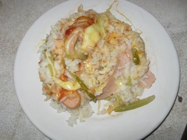 Przepis  zapiekanka ryżowa z parówkami przepis