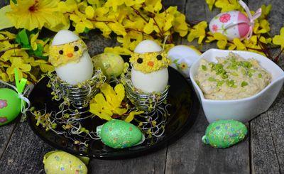 Jajka faszerowane pastą jajeczno