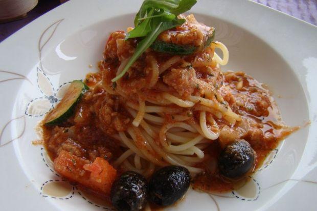 Przepis  spaghetti z mięsem i warzywami przepis