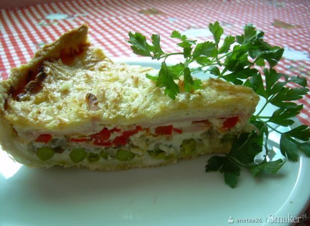 Tarta z szynka i warzywami